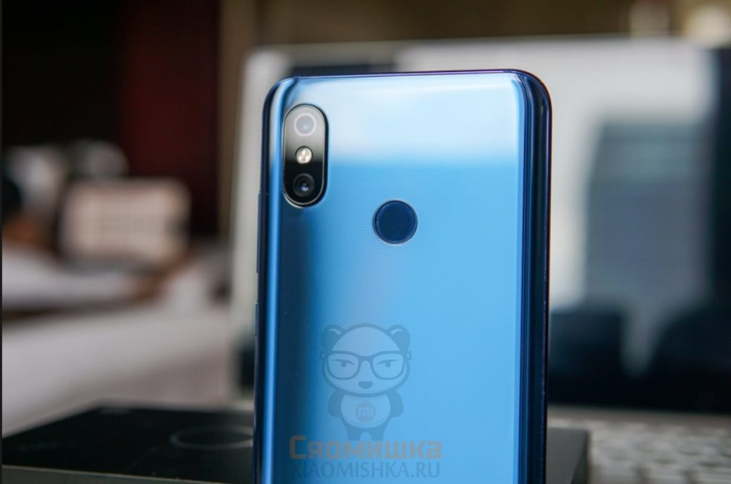 Xiaomi Mi 8 камера
